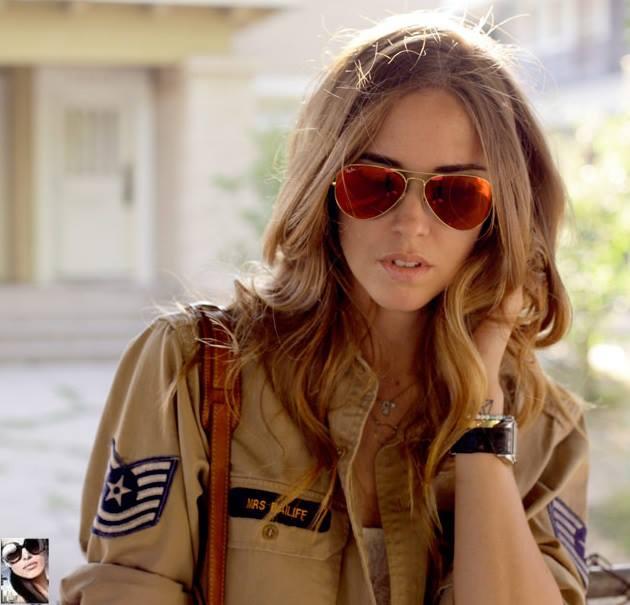 Chiara ferragni fashion blogger di successo sceglie - Occhiali ray ban aviator specchio ...