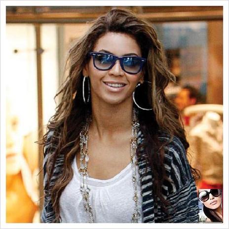 Ray Cantante Attrice Beyonce A I Con La Ban E Spasso Suoi Americana SUMpzV